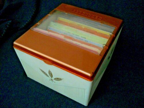 Vintage 1958 COOKINDEX Recipe Box & Cards / Retro Wheat Design / USA