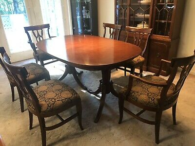 Antique Mahogany Double Pedestal Expandable Dining Room Table and 6 Chairs