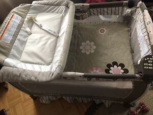 Nursery trend play pen