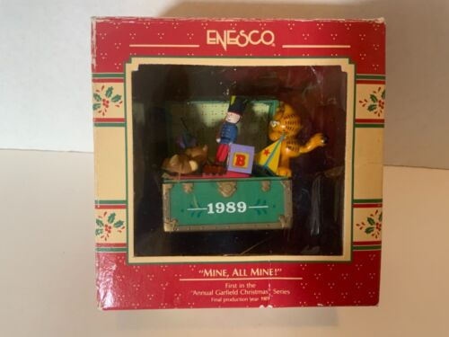 """Vintage Enesco 1989 """"Mine All Mine"""" Garfield Toy Chest Ornament 1st In Series"""