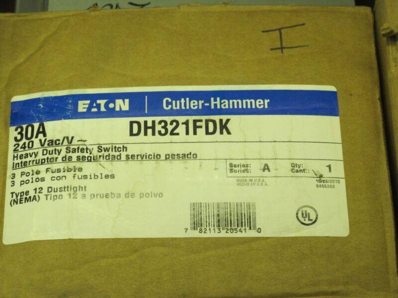 Cutler Hammer  DH321FDK 30 Amp FUSIBLE Nema 12 Disconnect NEW