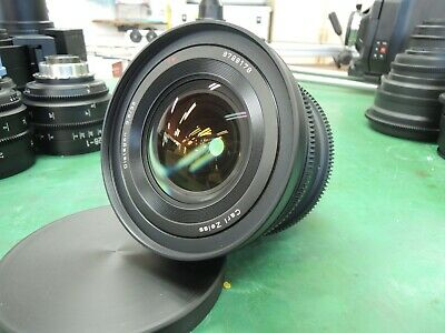 Complete! Ver! Contax 645 Zeiss Distagon 35mm F/3.5 lens for PL mount !