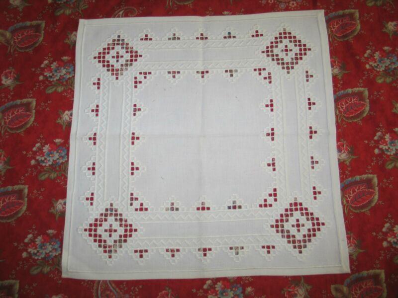 Hardanger Lace-Centercloth Antique Vintage NORWEGIAN Hardanger Lace Centercloth