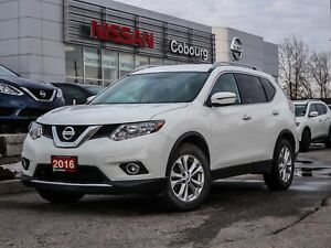 2016 Nissan Rogue SV Heated Seats FREE Delivery