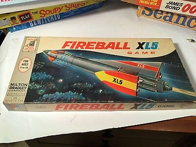 VINTAGE SPACESHIP SPACEMAN BOARD GAME FIREBALL XL5 Puppets 1963
