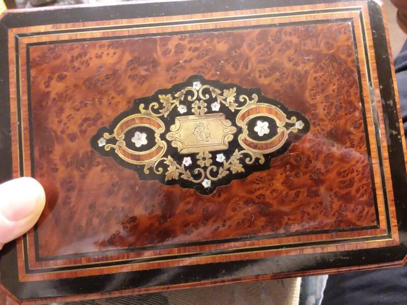 ANTIQUE NAPOLEON 3 WOOD FRENCH MARQUETRY MONOGRAM MOTHER OF PEARL INLAY BOX