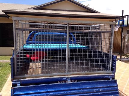 Dog cage Annandale Townsville City Preview