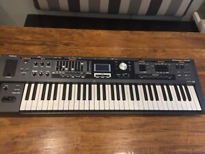 Roland VR-09 Digital Keyboard