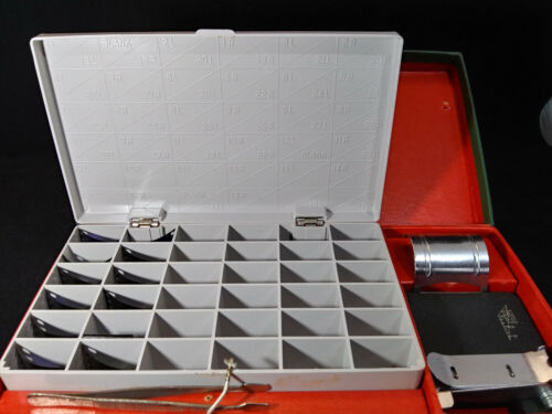 STEREO REALIST ACCESSORY KIT WITH CASE. DAVID WHITE CO. - VINTAGE. 3D