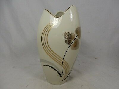 Well shaped & handpainted / formschöne Jacob Hertel Porzellan Vase 870 / A