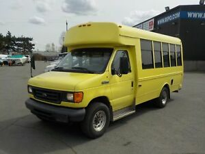 2006 Ford Econoline E-350 Super Duty 7 Passenger Bus Diesel with