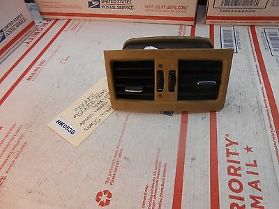 04-10 BMW 5-series rear center console air vent  64227129556 7129556  NK0838