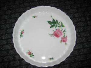 Successful Baking Baking Christineholm Rose Pie Dish & Recipebook Concord West Canada Bay Area Preview