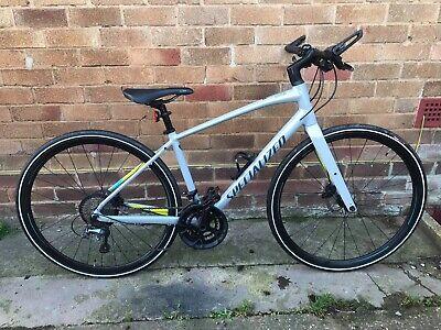 Specialized Sirrus Elite, Medium size, Outstanding condition Hybrid Bike