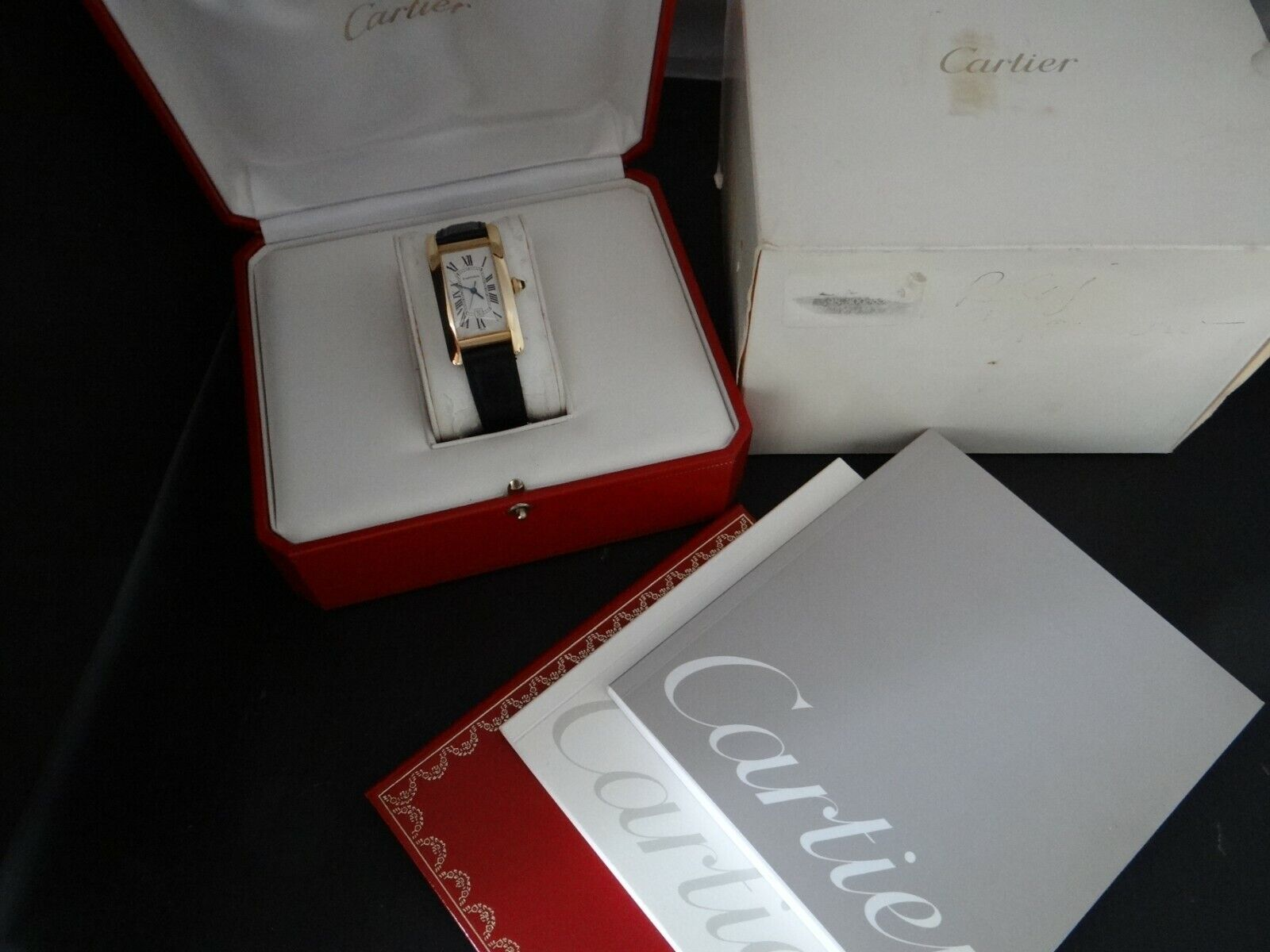 CARTIER TANK AMERICAINE AUTOMATIC MID SIZE 18K SOLID GOLD BOX & PAPERS - watch picture 1