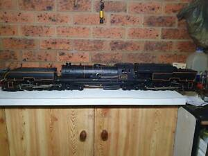 g scale live steam engine