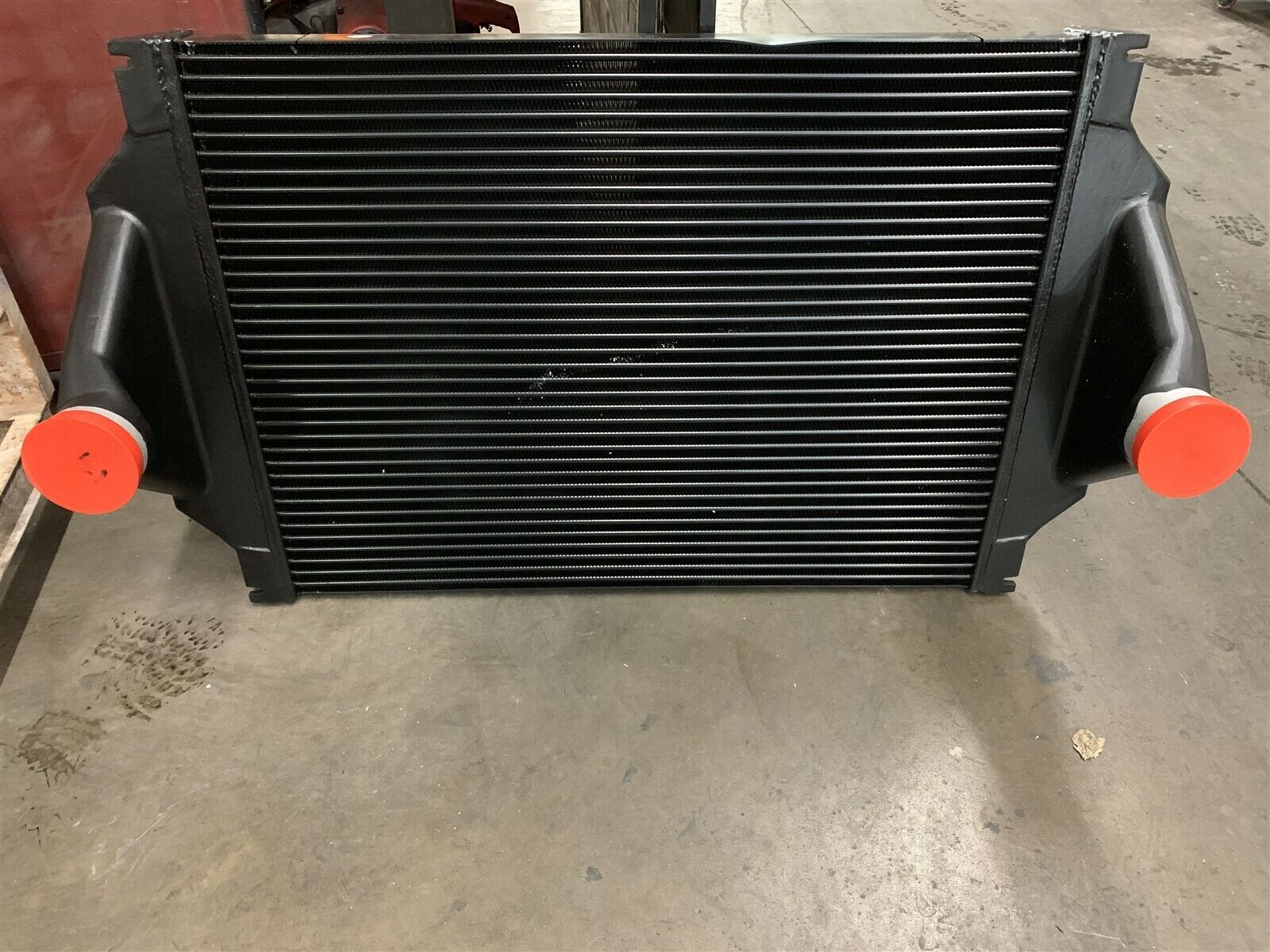 International// Navistar// BLUEBIRD BUS 4900 SERIES Charge air cooler