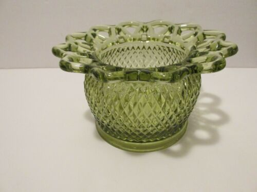 VINTAGE IMPERIAL GLASS OPEN LACE EDGE FLOWER BOWL----GREEN-----QUILTED DIAMOND P