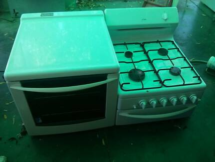 GAS Chef 4 burner cooktop, grill + oven elevated side by side Para Hills Salisbury Area Preview