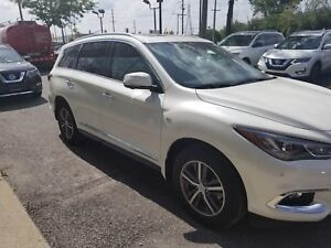 LEASE TAKEOVER - 2017 INFINITI QX60 AWD - 7 PASS - FULLY LOADED
