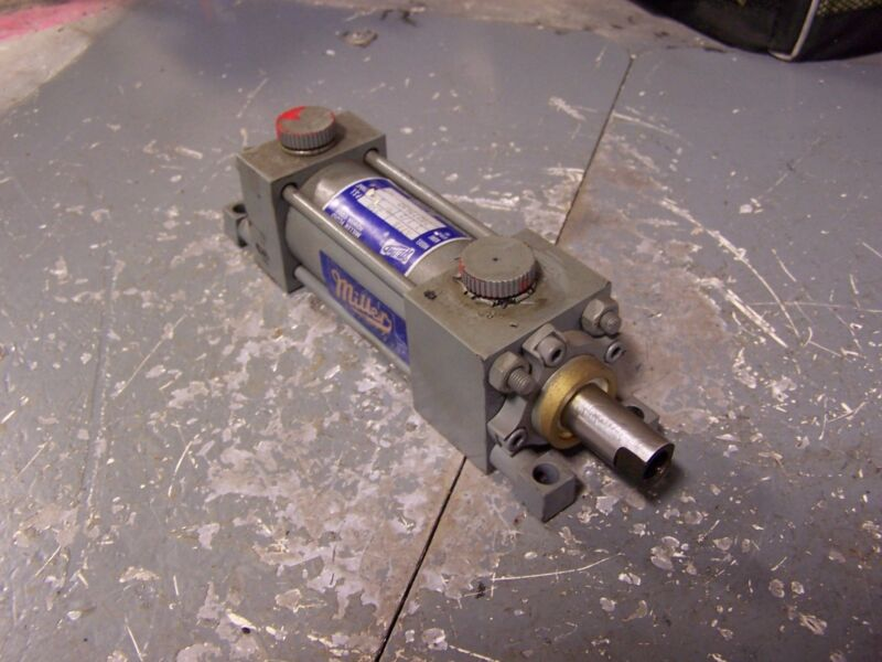 """NEW MILLER PNEUMATIC CYLINDER 1-1/2"""" BORE 2"""" STROKE 3/8"""" PORTS A77B"""