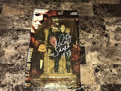 Halloween Signed Michael Myers Movie Maniacs Action Figure Statue Nick Castle