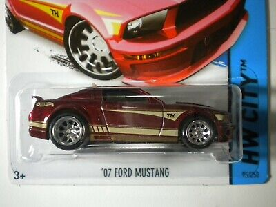 2014 07 FORD MUSTANG SUPER TREASURE HUNT - (Free USA Ship)