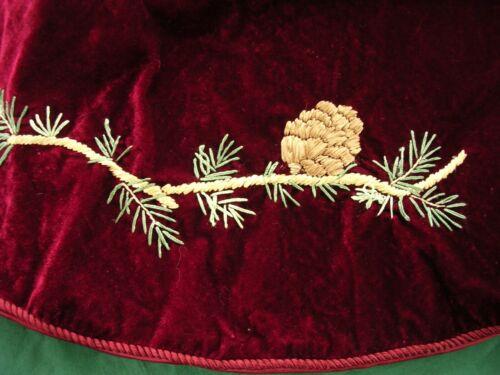 """#B Martha Stewart Elegant Red &Gold Velvet Christmas Tree Skirt w/Pine Cones 46"""""""
