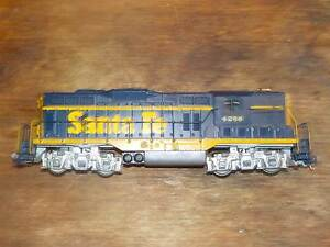 HO scale model gp7 locomotive Bardon Brisbane North West Preview