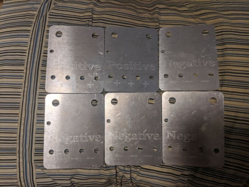 Buss plates YinLong LTO Maxwell capacitors single, double, triple row B-stock.