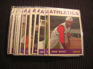 1964 TOPPS KANSAS CITY ATHLETICS PARTIAL TEAM SET LOT 12 CARDS WITH MID SERIES