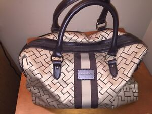 Handbag - TOMMY HILFIGER - NEW