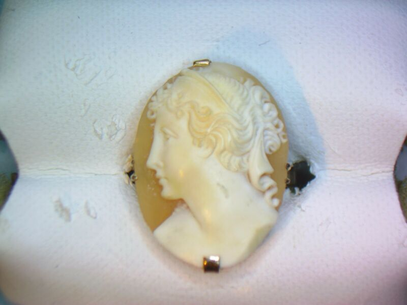 Vintage 14k Yellow Gold Cameo Ring Sz 6