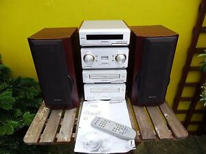 Technics  SE-HD560 Amplifier/CD player/Tape Deck /Tuner/Speakers