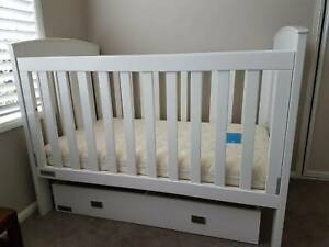 Cot with mattress and storage drawer