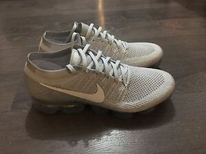 Brand new very limited Nike air vapormax Flyknit size 11