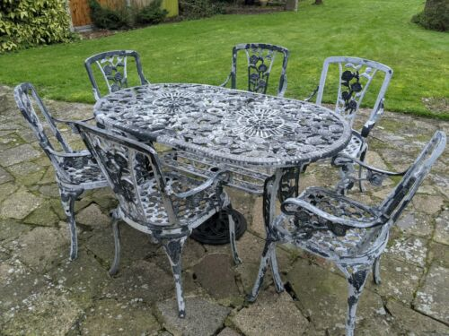 Garden Furniture - Metal garden furniture set used
