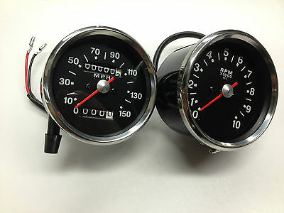 TRIUMPH SPEEDOMETER AND TACHOMETER SET BLACK FACE 650 750  SMITHS REPL