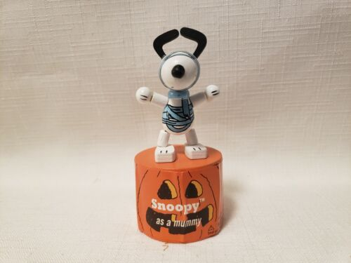 2013 Peanuts Snoopy As A Mummy Halloween Wood Push Puppet New