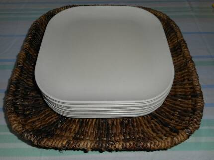 Large basket miscellaneous goods gumtree australia townsville plates and display basket negle Gallery