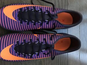 Nike indoor/outdoor soccer shoes *Brand New*