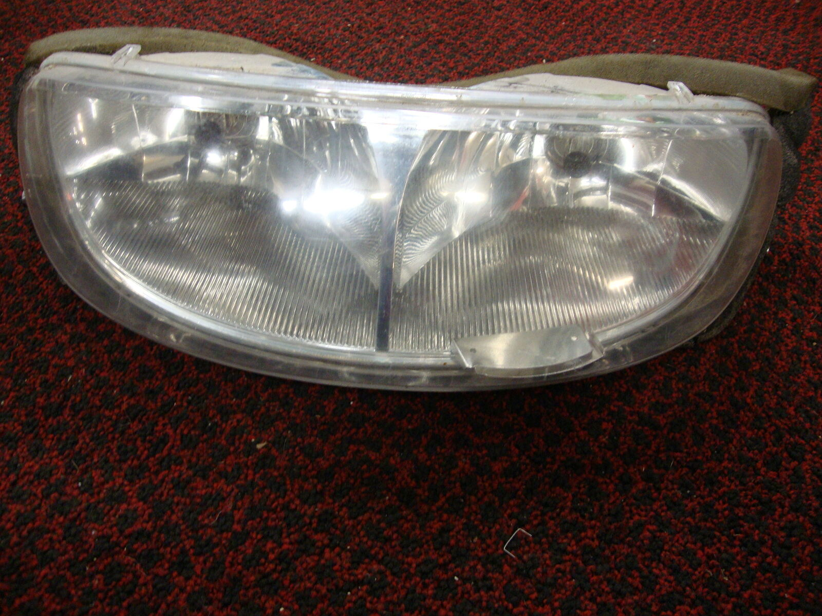 2001 Polaris Supersport 550 FRONT HEAD LIGHT LAMP HEADLIGHT 2410132