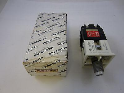 Micro Switch 3 position Selector Switch PTSEA201 600VAC-125VDC HEAVY DUTY