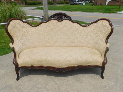 Walnut Victorian Sofa circa 1865