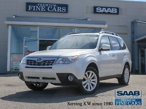 2011 Subaru Forester TOURING EDITION 1 Owner/Pano Roof/Top Condi