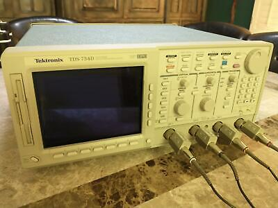 Tektronix Tds754d 500mhz 2gss Oscope Opt. 13 1f 2f With 4 Probes Pouch