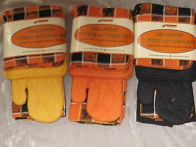 Halloween Dish Towels (7 pc Halloween Kitchen Set Pot Holders Mitt Towels Dish Cloths Holiday)
