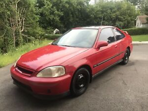 HONDA CIVIC 2000 SI SWAP B20!  1600$ FERME