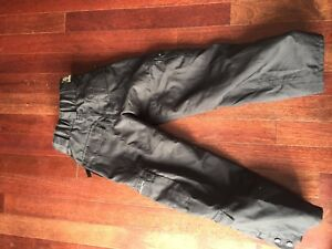 Youth ski pants size 10