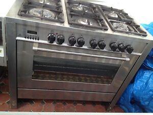 Delonghi  cooktop/ oven / range hood Cammeray North Sydney Area Preview